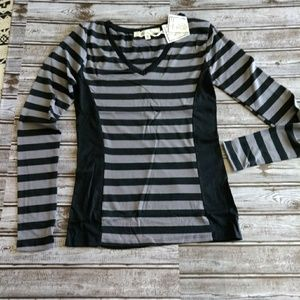 Tops - NWT gray and black size medium (C229)